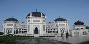 Masjid Raya Al-Mahsun dan Istana Maimoon Magnit Medan Sepanjang Masa